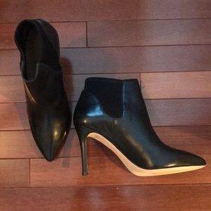 LOEFFLER RANDALL LEATHER  ANKLE BOOTS BOOTIE   9